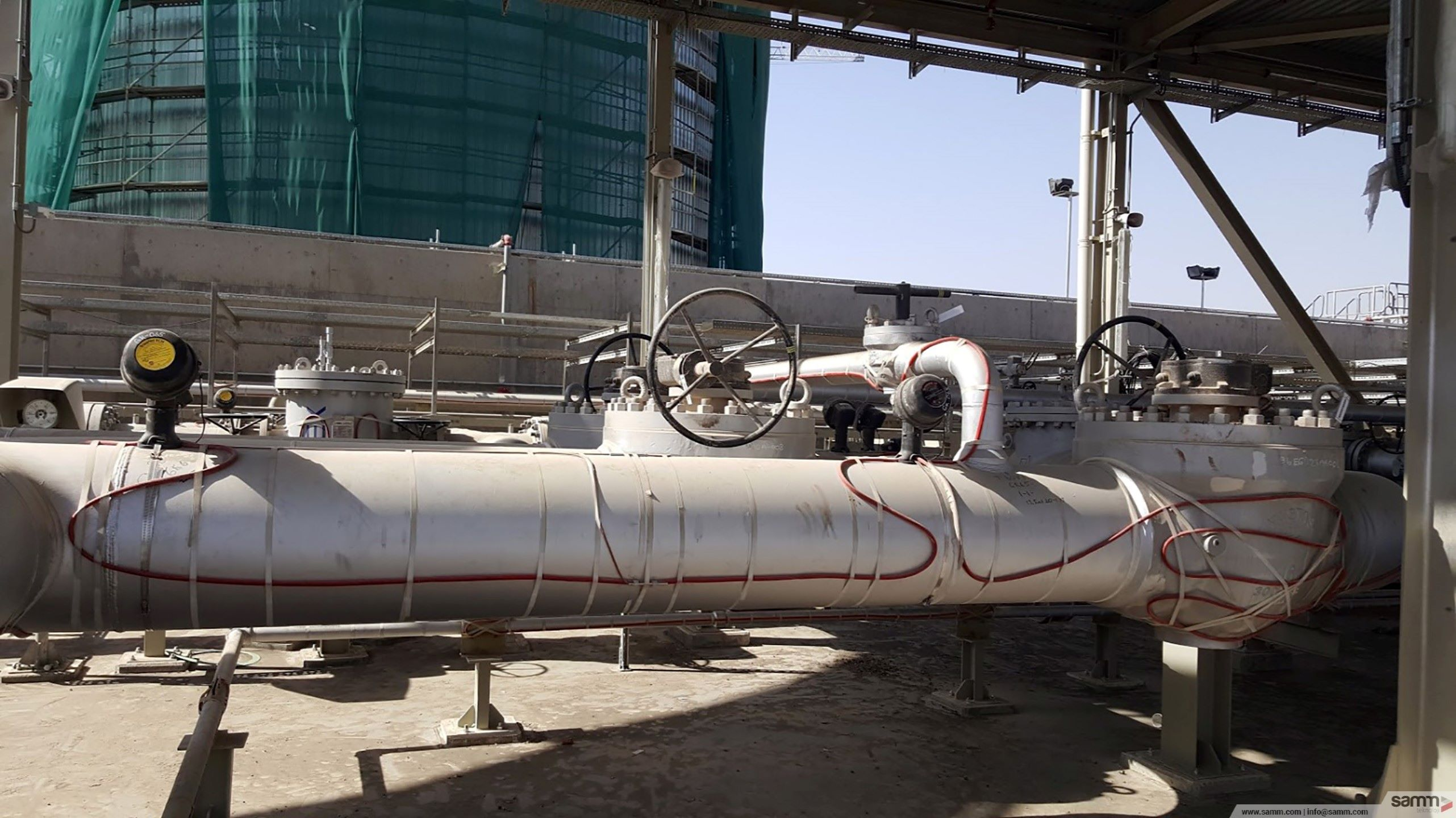 Samm Teknoloji | Heat tracing installation on pipeline seperator.